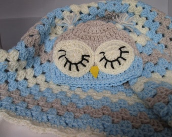 New baby car seat blanket and matching owl hat