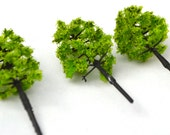 Fluffy Bright Green Miniature Tree Bonsai Garden Plants Terrarium Doll House Ornament Fairy Decoration  AZ491610