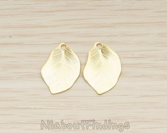 PDT1506-MG // Matte Gold Plated  Brushed Organic Leaf Charm Pendant, 2 Pc