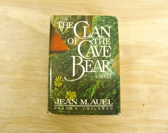 Vintage Book The Clan Of The Cave Bear by Jean M. Auel Earth's Children Prehistoric Book Prehistoric Fiction Ice Age Book Stone Age Fiction
