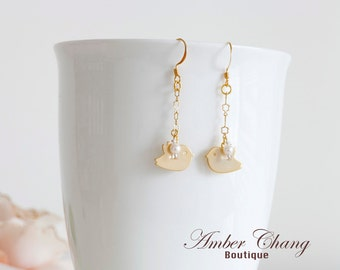 Gold Earrings with birds and Floral Gold Plated Chain Graduation gift Birthday gift Bridesmaid earrings bridal earrings