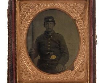 Civil War Soldier w/Musket & Quick Draw Pistol-Original Tin Type c.1863 1/6 plate