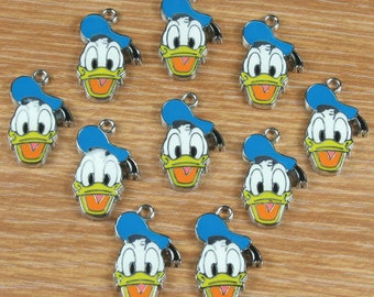 10PCS Donald duck Enamel Metal Charms Pendants Jewelry Making Crafts Boys Girls Birthday Party Favors Gifts DIY