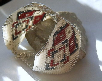 Off white, Burgundy, grey-blue woven Cuff Bracelet and silver BRA967A
