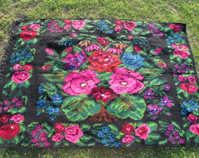 Moldovan Kilim, Floor Rugs - Vintage handwoven wool rug carpet - Romania Kilim Bessarabian Kilim. Vintage Kilim, Handmade , rose kilim rug.