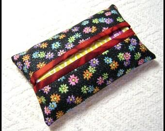 Flowers Tissue Holder - Pocket Tissue Holder - Handmade - Tissue - Kleenex - Tissue Holder - Cotton Fabric - TC60