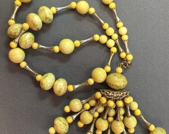Vintage Deco Yellow Beaded Necklace with Detachable Pendant