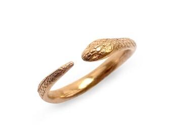 Snake Ring in Bronze