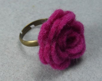 Pink Flower Ring - Fuchsia Rose Ring -Felt Flower -Felt Ring -Adjustable Ring -Artificial Flower -Fake Flower -Flower Jewelry -Felt Jewelry