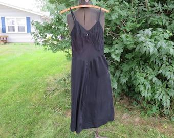 "Vintage 1940s black rayon slip Pace Maker Celanese Rayon bust 32"" waist 30"" hips 39"""