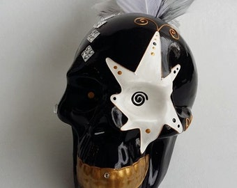 """Ceramic skull in ceramic """"Cherokee"""", hand-painted  by Laure Terrier, for decoration or collection, 5.9"""" / 15 cm"""