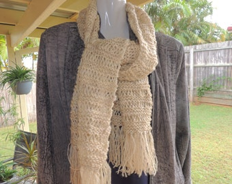 Handspun natural wool scarf. Super soft. man or women scarf. scarves. hand knitted white scarf. accessories, Winter fashion. clothing.