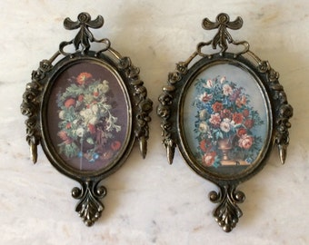 Vintage Pair of Italian Cast Brass, Ornate Frames, Oval, Made in Italy, Floral, French Country, Hollywood Regency, Shabby Chic