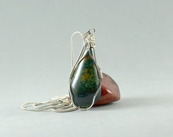 Natural Blood stone pear shape pendant silver wire wrapped with silver plated necklace