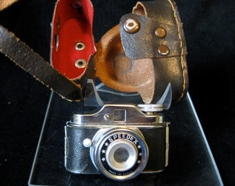 Vintage 1950s Speedex Miniature Spy Camera