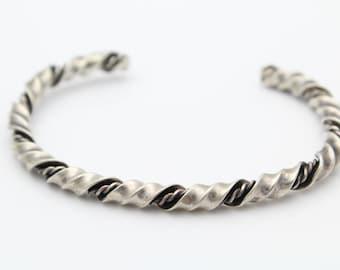 Antiqued Sterling Silver Twisted Ribbon Spiral Open Cuff Bracelet Vintage. [6932]