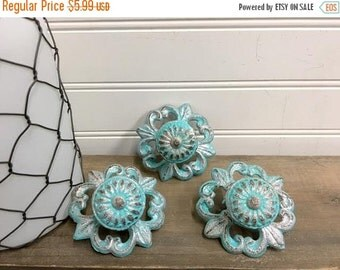 MEGA SALE Knobs/Drawer Pulls/Cabinet Knobs/Dresser Knobs/Shabby Chic Drawer Pulls/Nursery Decor/Knob/Drawer Pull/Shabby Chic Knobs/SSLID0177