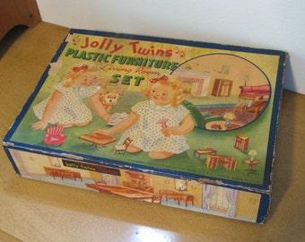 "Shop ""1947"" in Dolls & Miniatures"