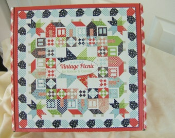In Stock, Bonnie and Camille, Vintage Picnic Kit for Moda Fabrics, Fabric Kit, Thimble Blossoms Pattern, Finished Size 70 x 70,