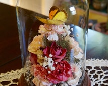 Dried Flower Arrangement; Glass Dome; Wood Base; approx. 5 x 7 in. Stunning !!!