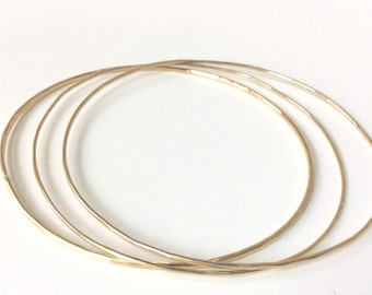 One Solid Gold Bangle 10K - Choose Thickness -  10K Gold Hammered Stacking Bangles-  Minimalist Jewelry - Hallmarked 10K