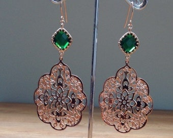 Glossy rose gold plated gothic filigree abd green crystal earrings