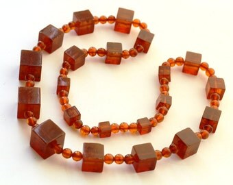 89.7 gr. Natural Pressed Antique Baltic Amber Beads Necklace Butterscotch 老琥珀