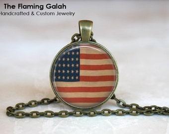 USA FLAG Pendant • United States Flag • Vintage Stars & Stripes Flag • 4th July Gift • Gift Under 20 • Made in Australia  (P0430)