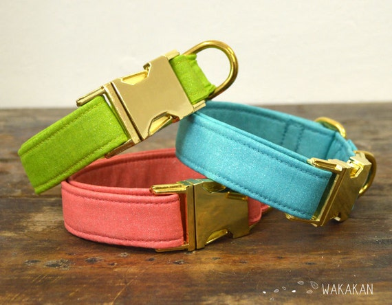 Simple Colors dog collar. Adjustable and handmade with 100% cotton fabric. Opalescence fabric. Wakakan