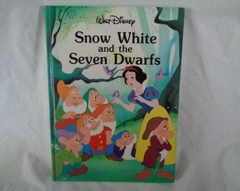 Vintage 1989 Walt Disney Snow White and the Seven Dwarfs book