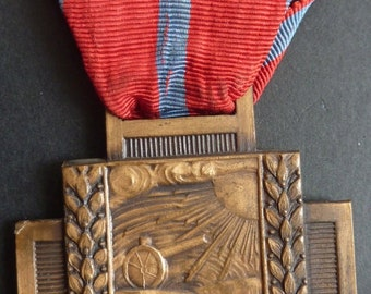 Belgium WWI 1914-1918 Military Medal - The Cross of Fire. (Croix du Feu).