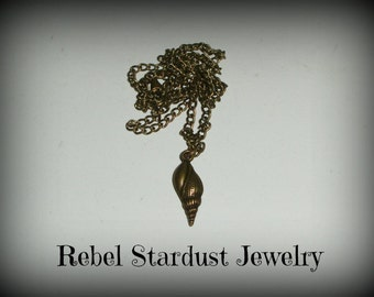 The Little Mermaid conch necklace