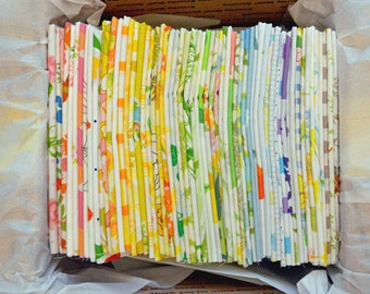 Set of 20. Vintage Sheet Fat Quarters. Vintage Fabric Bundle. No Repeats. Ready to Ship. Florals. Retro