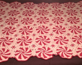 Peppermint Swirl Blanket and Pillow Set