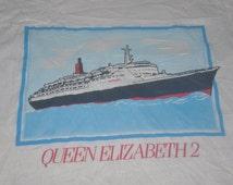 Vintage 80s Queen Elizabeth 2 Cruise Ship Cunard Line Screen Stars 50/50 T-Shirt