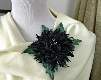 Black Chrysanthemum Flower Leather Brooch.
