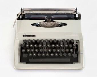 1970's alder contessa deluxe typewriter, contessa manual typewriter,  alder typewriter, german typewriter, contessa manual typewriter,