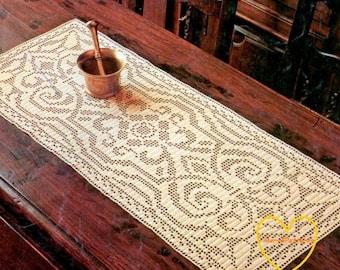 pdf crochet pattern doily runner with roses home decor. Black Bedroom Furniture Sets. Home Design Ideas