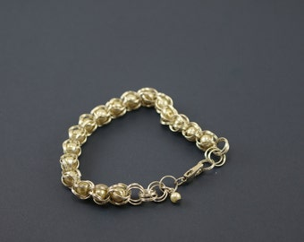 Pearl cage bracelet
