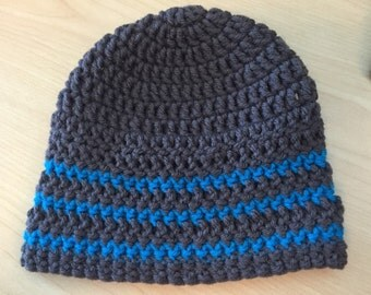 Crocheted baby beanie- gray and blue