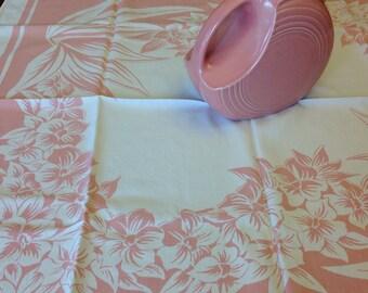 Mastercraft tablecloth