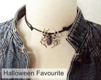Large Spider Choker ~ Spider Necklace ~ Halloween Necklace ~ Gothic Choker