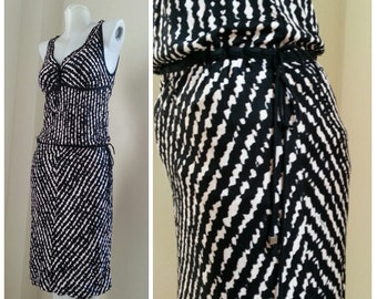 Free shipping! Vintage Missoni dress // stretchy black and white print Size 38 Small