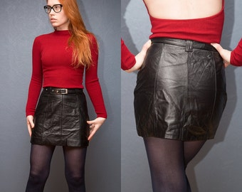 Vintage Black Leather mini skirt with belt / Size XS -S / 80s