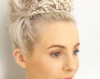 1930s Pearlised Wax Bud Tiara Bridal Crown