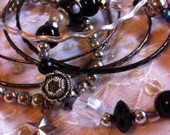 SALE- Bangle set, stacking bangles, black and silver bangles, bangle set, gypsy bangles, Indian bangles, gypsy jewellery, bohemian bracelets
