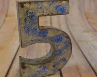 Fantastic vintage style blue 3D metal sign number 5