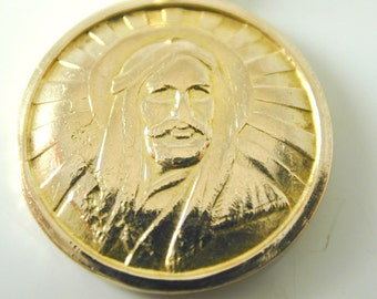 Jesus pendant charm round vintage gold 4.5 grams circa 1960s