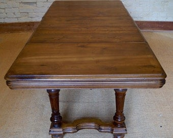 French Antique Henri II Extending Dining Table - 6 to 8 Seater