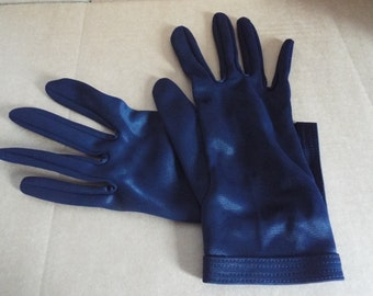 Vintage 1950's  Ladies  Navy Nylon  Wrist Gloves ...Very Cute  Size 7 1/2
